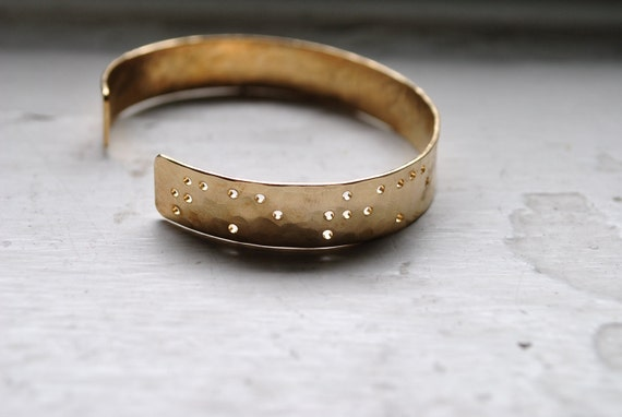 TAKE TIME : Braille Engraved Cuff