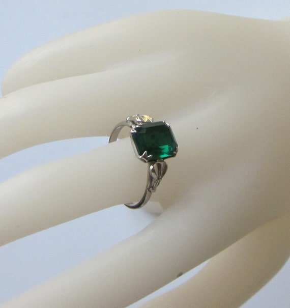 Sterling  Uncas Ring with Emerald Colored Stone - Vintage