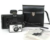Vintage 1970s, Polaroid, Colorpack, Land Camera w/ bag and manual. pop culture, movie prop, vestiesteam