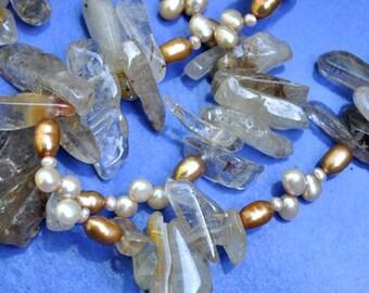 Elegant Glittery Creamy Golden Sand Pearl Necklace