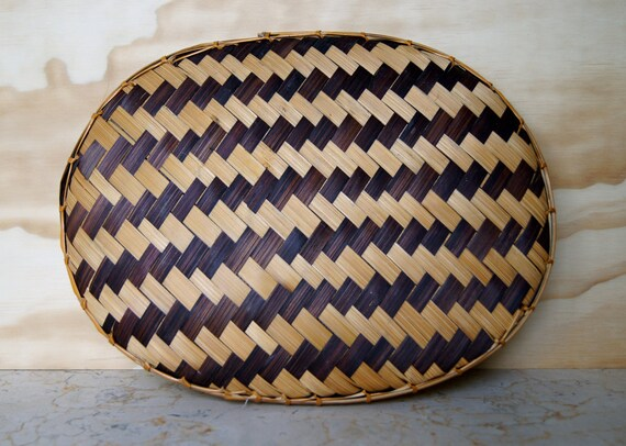 Vintage Oval Wicker Wall Hanging Tray