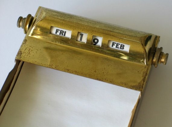 Perpetual Calendar and Paper Holder