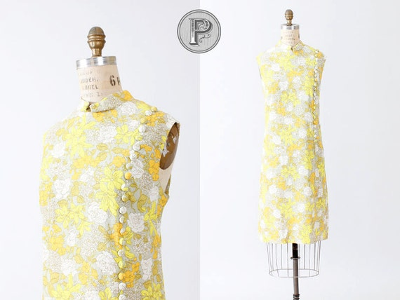 60s dress xl / 1960s shift dress buttoned textured yellow : Precocious Penny