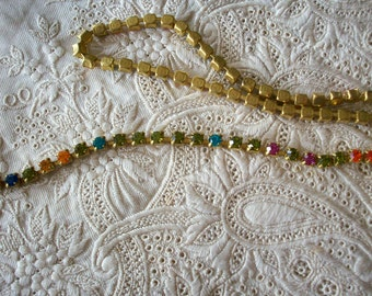 1 foot of antique 1940s rhinestone chain in fabulous color combination