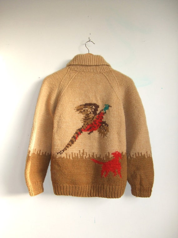 MOVING SALE////vintage 1950s handknit curling cowichin sweater with hunting scene