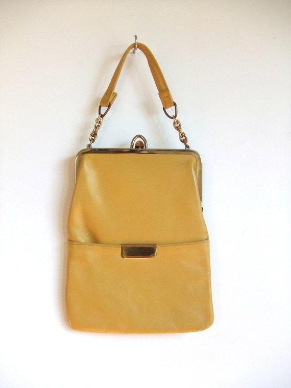 MOVING SALE////vintage 1960s bright yellow leather purse handbag