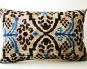 Sukan / SALE -Silk Velvet Ikat Lumbar Pillow Cover Decorative Pillows Accent Pillow Cushion Covers