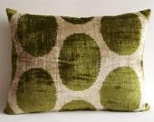 Sukan / SALE - Soft Hand Woven - Silk Velvet Ikat Pillow Cover - 16x20 inch - Beige Green