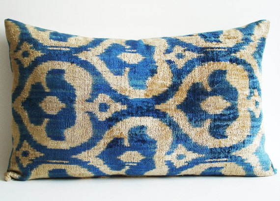 Handmade Ikat Throw Pillows : Items similar to Sukan / SALE, Decorative Pillow,Throw Pillow Cover, Handmade Silk Velvet Ikat ...