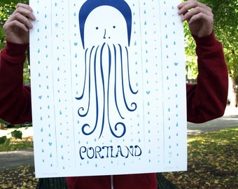Rainy Hoodie Beardy (Portland Edition)