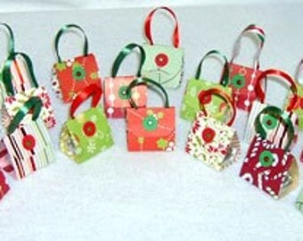 Set of 24 Christmas Party Favor Purses with  Hershey Nugget® Candy