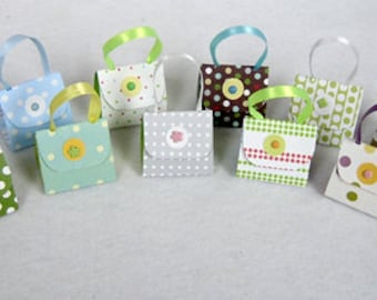 Set of 12 Party Favors with Hershey Nugget Candy