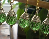 Wire Wrapped Green Glass Mesh Covered Bead  Stitch Markers set of 8