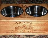 Far Niente Double Bowl Dog Feeder w/3qt bowls