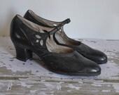 vintage antique 1920s The Charleston black leather flapper shoes