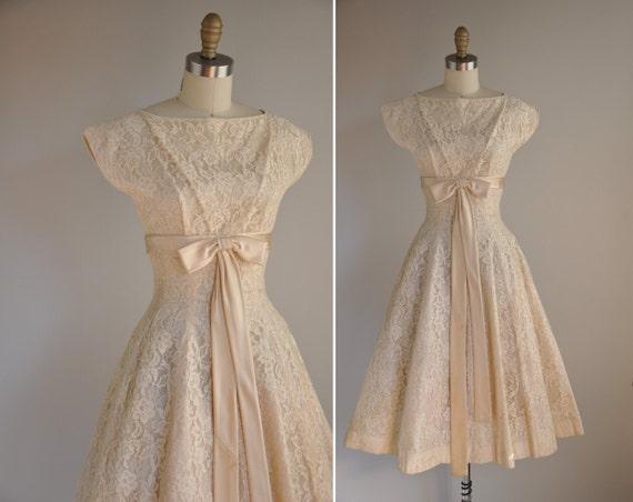 vintage 1950s dress / 50s designer Gigi Young white lace full skirt dress / Wedding Bells