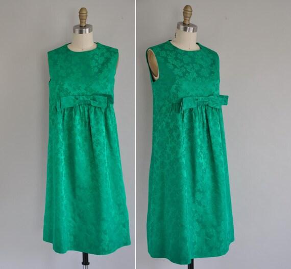 r e s e r v e d...1960s baby doll dress / vintage 1960s 60s green brocade baby doll dress /  Shake Things Up