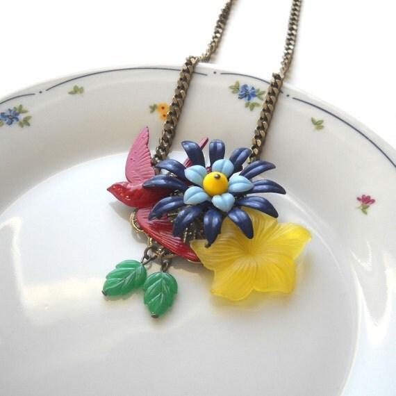 Secret Garden Yellow Swallow Flower Necklace