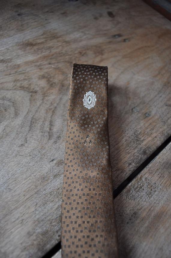 Mid century skinny taupe brown tie