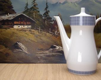 Elegant mid century tea or coffee pot from Johann Seltmann, Bavaria, Germany