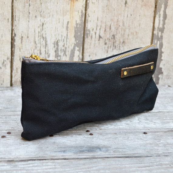 Medium Waxed Canvas Pouch in Coal, Pencil Case, Cosmetic Case, Makeup Bag, Zipper Pouch, Canvas Pouch, Bags and Purses, Cord Bag, Gadgets
