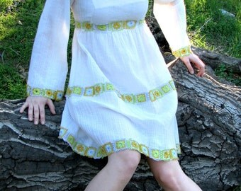 Daisy Chain, Vintage Linen Dress