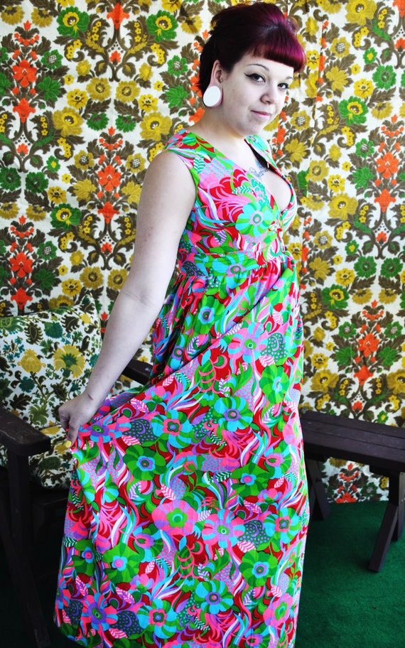 Vintage 1960's Hippie Floral Floor Length Dress