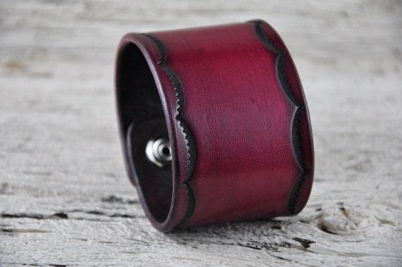 Olde Mahogany Leather Cuff