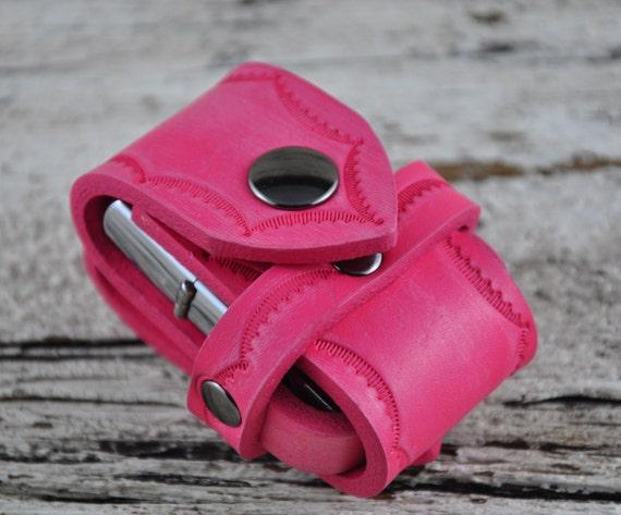 Zippo Lighter Pretty in Pink Leather Belt Case