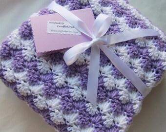 Baby Girl Blanket - Crochet baby blanket - Baby Girl shower gift - Baby blanket crochet- Baby blanket-Crib size Lavender Shell Waves blanket