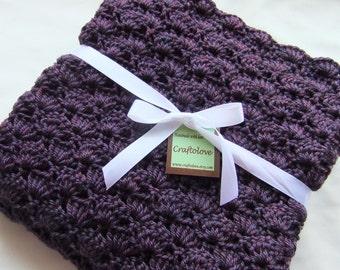 Crochet baby blanket - Baby blanket- Baby girl blanket- Crochet baby girl blanket- Crib size Plum Wine Shells Blanket- Baby girl shower gift