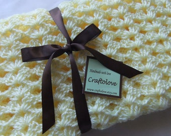Baby Girl blanket - Crochet baby blanket Lemon Yellow Lacy Shell Car seat/stroller/travel blanket- Baby girl shower gift- Baby blanket girl