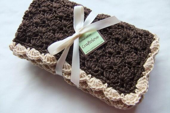 Baby Boy Blanket and Baby Girl Blanket - Crochet baby blanket - Latte Coffee Shells Stroller/Travel/Car seat blanket- Unisex baby blanket