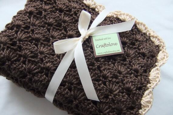 Crochet baby blanket - Baby Boy Blanket - Baby Girl Blanket - Baby shower gift - Crochet baby blanket Crib size Latte Coffee Shells