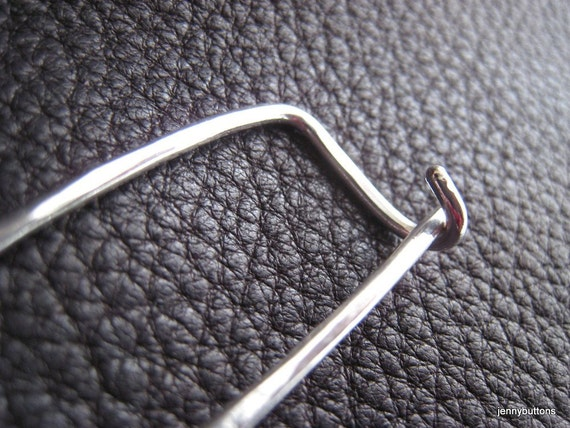 Essential Elements Sterling Silver Hand Hammered Kilt Shawl Sweater Safety Pin