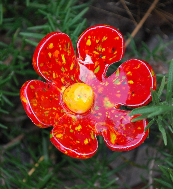 Flower Art Stakes -  Red