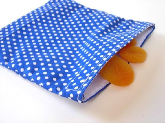 Reusable Sandwich Bag with blue polka dots