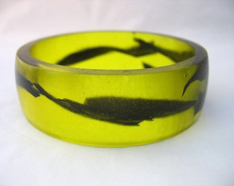 Yellow bangle, yellow bracelet , resin bangle , resin bracelet , Neon bracelet  , neon jewelry , black bracelet , wide bangle , handmade