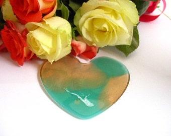 Custom Ornament Christmas Resin Jade Green Gold Metallic Glitter Message Heart Shape Fancy Tags Modern Tree Decor