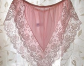 vintage Pink Chantilly Lace Tap Panties by Maidenform, size 6