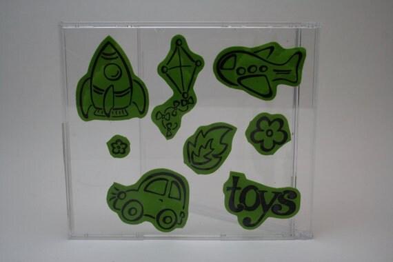BOYS and TOYS - unmounted stamp set - DESTASH