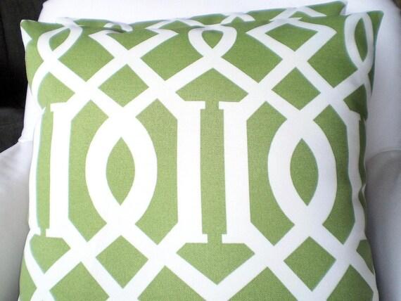 OUTDOOR Pillows Decorative Throw Pillow Cushion Covers Moss Green Cream Trellis Indoor Outdoor