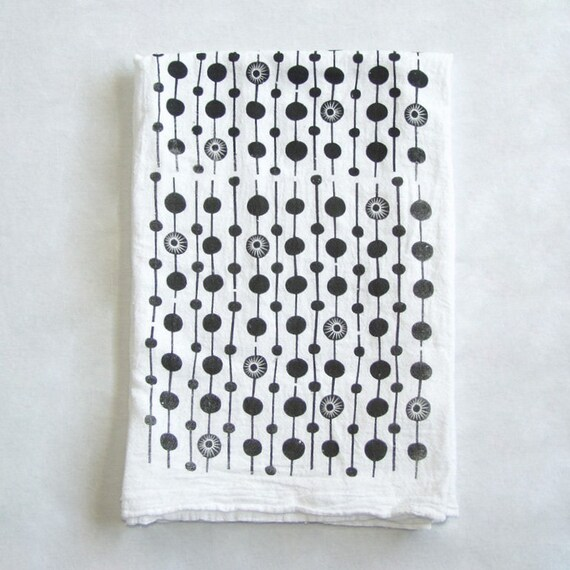 Pattern of Circles Screen Printed Flour Sack Cotton Dish Cloth Black White