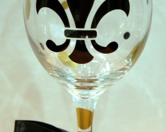 New Orleans Saints Wine Glass - 20 oz - Glass or Plastic