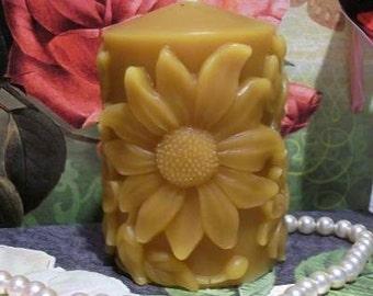 Beeswax Daisy Sunflower Pillar Candle