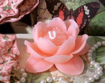 Beeswax Pink Lotus Flower Candle