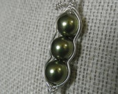 Green Peas in a Pod - Sterling Silver and Swarovski Pearl Necklace and Earring Set