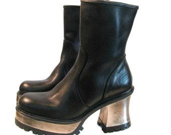 Steel Heel Motorcycle Boots Vintage Womens Black Leather Zip Side Cyberpunk Boots Wms US Size 6 Made In Spain