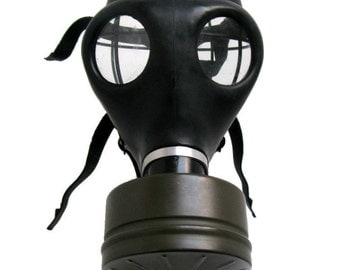 Black Rubber Gas Mask Vintage Military Rivet Head Industrial Strength STEAMPUNK
