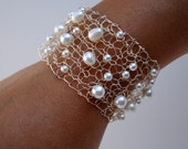 White Pearl Bridal Bracelet / Silver Cuff / White Pearl / Modern Wedding Jewelry / freshwater pearls silver / chic wire knit jewelry
